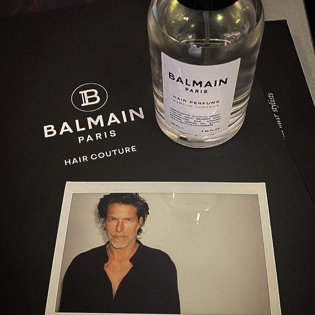 So grateful to work at this moment...especially with a amazing team!! gracias! Can't wait to see the campaign @richardramosstudio @gsgproducciones @unomodels @balmainhaircouture @balmainhaircouture_es #balmainhaircouture #modeling #malemodel #malefashion #hairstyle #malemodels #modelover40