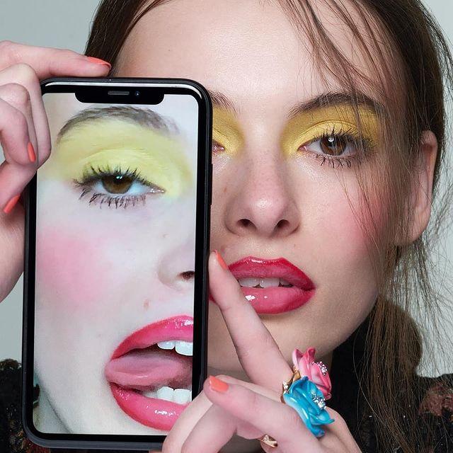 Really good at selfies @hungermagazine X Dior 📷 @dusanreljin 💄 @marcoantoniolondon 💇 @nickirwinhair & @mrjubbs 💅 @cherriesnow 👗 @ejwitt @models1