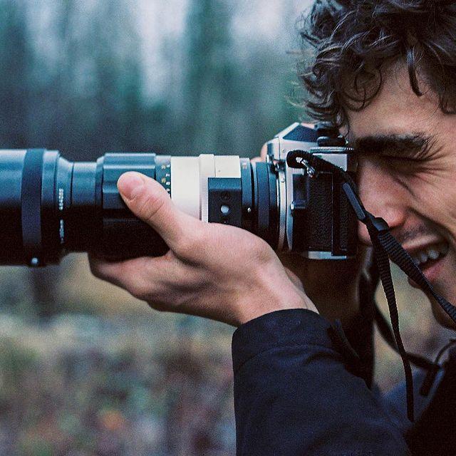 300mm by @silkenchu ❤️  Wanna see things I take pictures of ➡️ @thewhoareyou  . . . . . . . . . . . #theway #thewhoareyou #nikon #nikonshooter #nikonfe #vintagecamera #300mm #aim #clickclick #analogphotography #kodaklosers #kane #kaneroberts