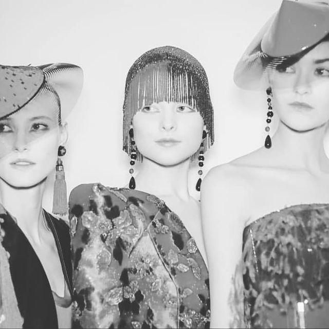 @armani 📸  #armaniprive #show #hautecouture #pfw19 #model #paris #placevendome #lineup #job #amazing #portrait #souvenir