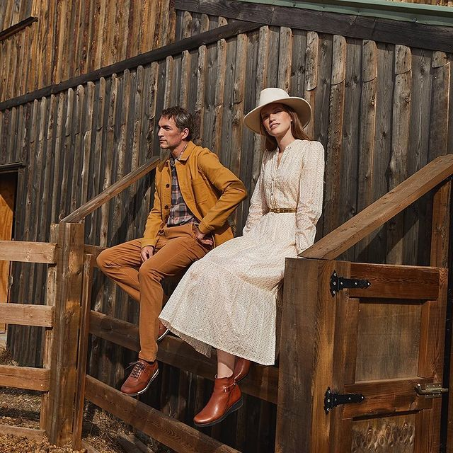 On the ranch with @ilaykurelovic for @fluchosoficial 👞  Shot by @borjalama and an amazing team 💛