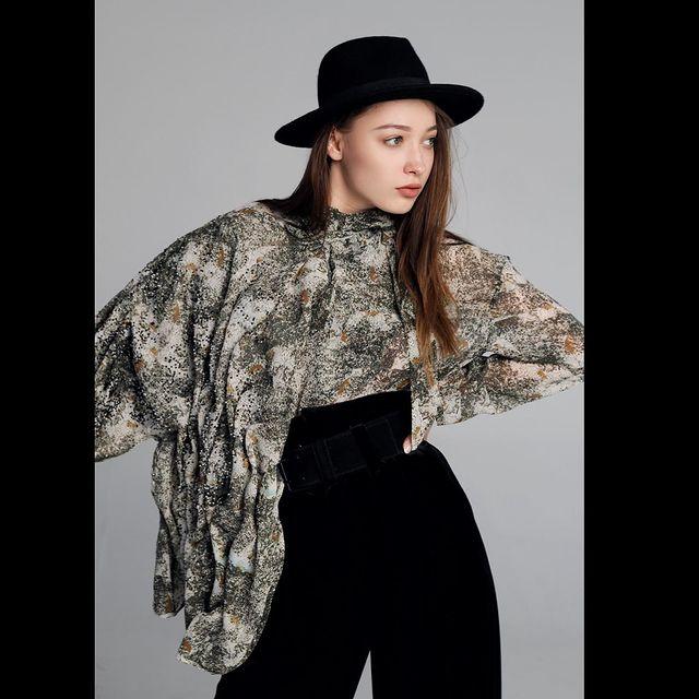 ✨✨✨ @merakimgmt_latvia @bysophoto @ejrubene  #photoshoot #photography #work #model #fashion #latviandesigner #art