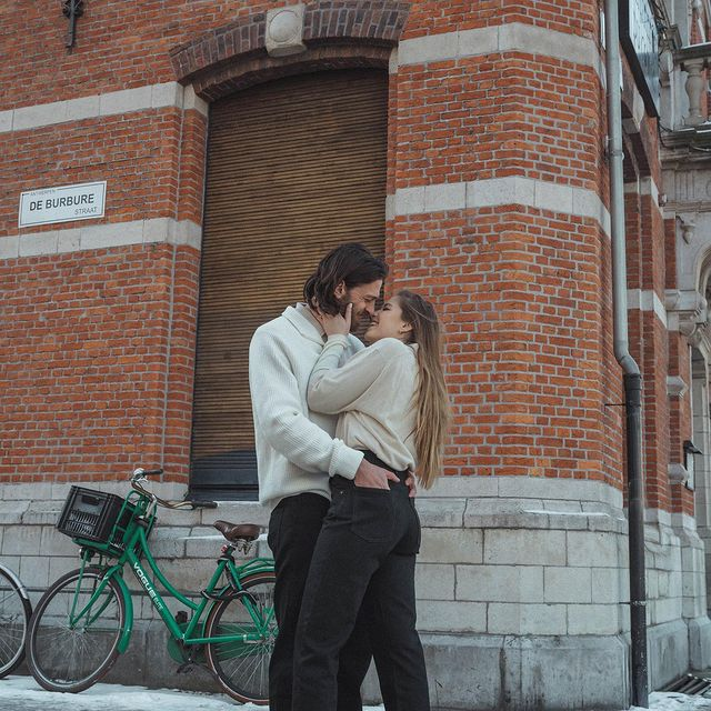 Yesterday was valentine's day: a perfect moment to reminisce on why we are a perfect pair to me. @babmjb you complete me, like molten cheese in a croque-monsieur (you make the best ones). Please make them forever for me and me alone. (LOL, no you can also make them for your parents) By the way: @uniqlo_be be please keep making these jeans for ever and ever because they're a perfect fit to us. #findyourperfectpair #uniqlojeansforeveryone