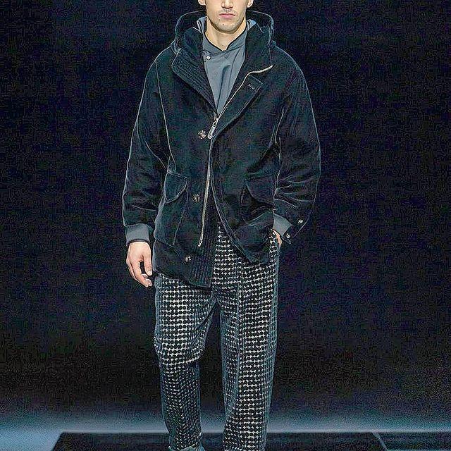 Giorgio Armani menswear Fall Winter 2021  🚶♂️👑 #giorgioarmani #fallwinter #fw2021 🤟