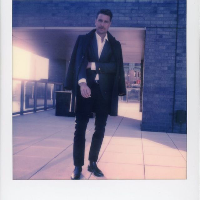 Shot w the old sx70 Polaroid film by @james.tinnelly nyc for @gqbrasil
