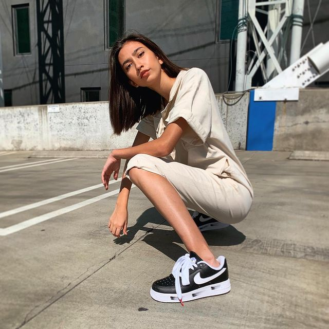 Nike jumpsuit and G dragon Air Force 1 'Para Noise' for sale 💃🏽💃🏽💃🏽