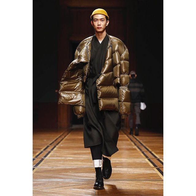 #PFW #AW18 Sean Suen  Big thanks to @sean_suen @shelleydurkancasting  #SeanSuen  #Paris #parisfashionweek #fashionweek #runway  #fashion  #liyufeng #model #show