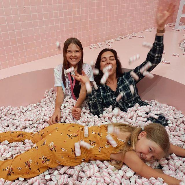 Partygirls 🥳 #wondrmuseum