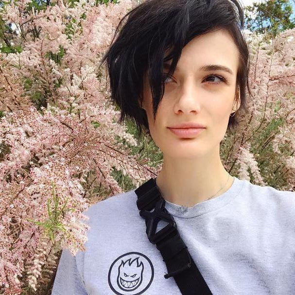 Marfa Zoe Manakh