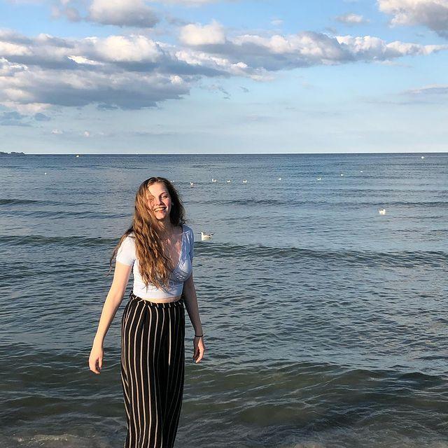 Miss this....🌊  ⠀⠀⠀⠀⠀⠀⠀⠀⠀⠀⠀⠀⠀⠀⠀⠀⠀⠀⠀⠀⠀⠀⠀⠀⠀⠀⠀⠀⠀⠀⠀⠀⠀⠀⠀⠀⠀⠀⠀ ⠀⠀⠀⠀⠀⠀⠀⠀⠀⠀⠀⠀⠀⠀⠀⠀⠀⠀⠀⠀⠀⠀⠀⠀⠀⠀⠀⠀⠀⠀⠀⠀⠀⠀⠀⠀⠀⠀⠀⠀⠀⠀⠀⠀⠀⠀ #missthispeople#takemeback#sea#freedom#happytime Erwarte eine Revanche im shithead game @hanna.allh @emi.c.h