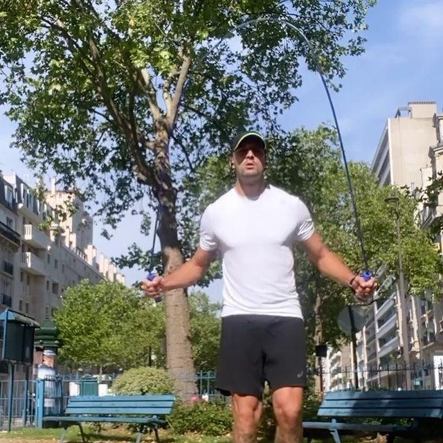 Friday vides. 💪🏻😎 #Friday #workout #nostop #nopainnogain #cardio #sun #day #paris @jawzrsize