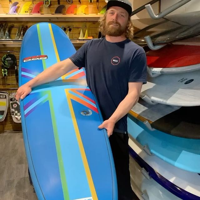 💥NHS CHARITY BOARD RAFFLE UPDATE  This is the update on how we are doing and how long we have left ! . .  There is still time to get involved if you haven't already in supporting the NHS and  to have the chance of winning this board !! 👆 . . Huge thanks to everyone wha has been a part of this and good luck !  @skindoggydog @skindog_surfboards @thunderbolt_technologies_japan @firewiresurfboards
