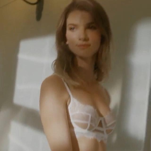 @bruna_lingerie ♥️ @models.iconic