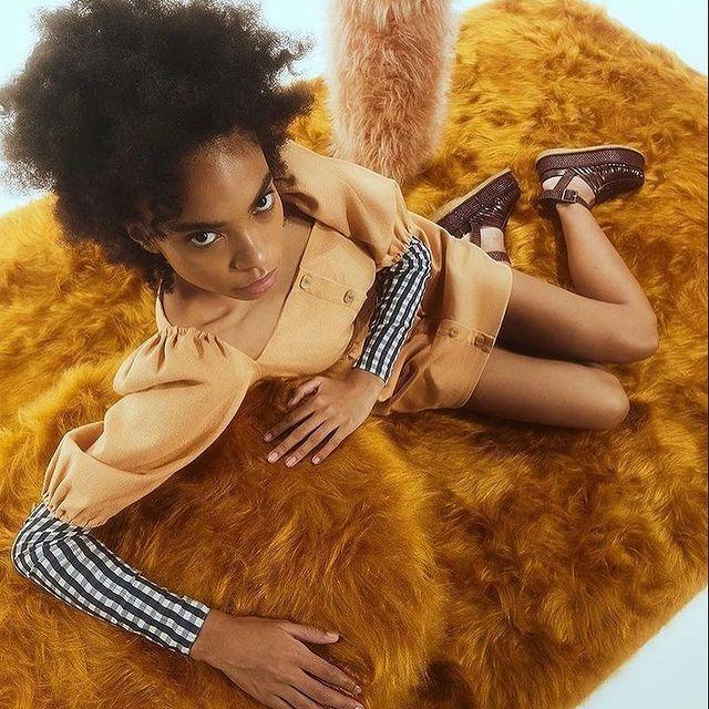 Campaing for @paula_raia  • Photo: @gabriela_schmdt  Styling: @maikamano  Beauty: @dindihojah  Set designer: @anaarietti @marcelojarosz  #elomanagement #isadoraoliveira