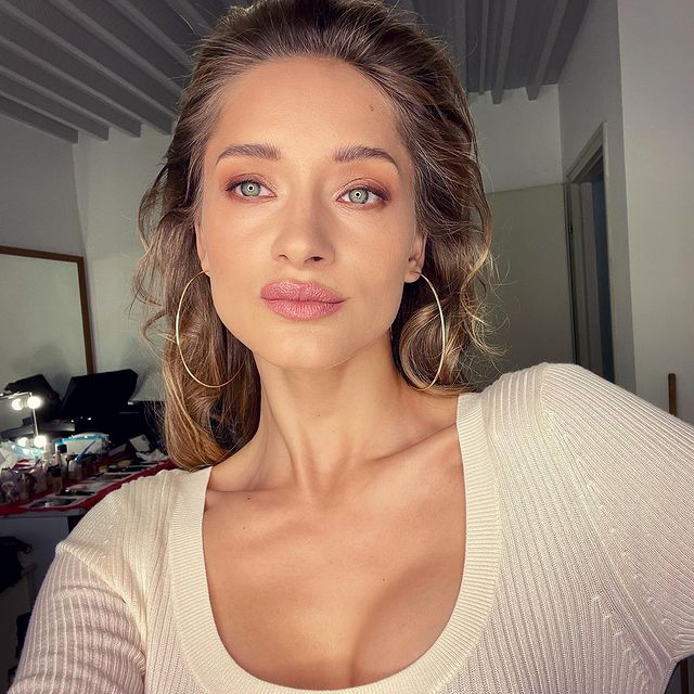#campaign #shooting #photography #glamour #flawless #makeup #lips #greeneyes #ontheset #hairstylist #instadaily #amazing #team #happy #weekend 💄🎬