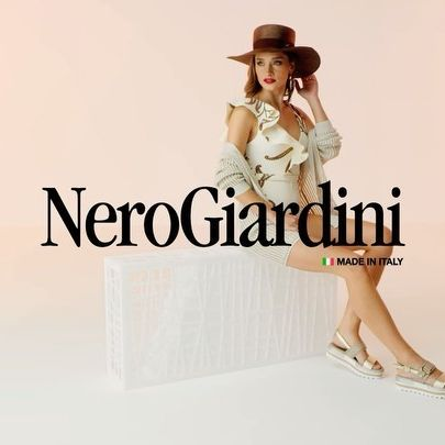 So much fun to be part of the new Spring/Summer 2021 Nero Giardini Campaign ✨💕👠💕✨ Superrr happy and thankfull to all the amazinggg team!! ⚡️📸💥I'm just in loveeee with the new collection ❤️ @nerogiardiniofficial ❤️ Thank you 🙏🏻💓 @fashionmodel.it @giuseppe.puocci @scattolini.studio @alex.scattolini @eliacomettireal @paolomonterubbianesi @laura_cartaro @onemodelsromania