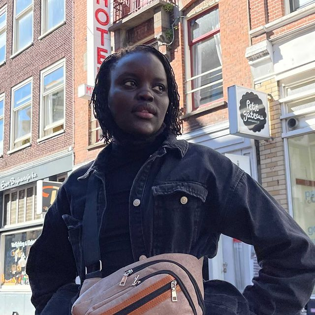 😁😁✨🙌🏿🙏🏿omg hope to make this a world wide thing. 🌌  • • • • • • • • • • • • • • • • • • • • #Longboard #nyclongboarding #amsterdam #modeling #modellife #southsudanese