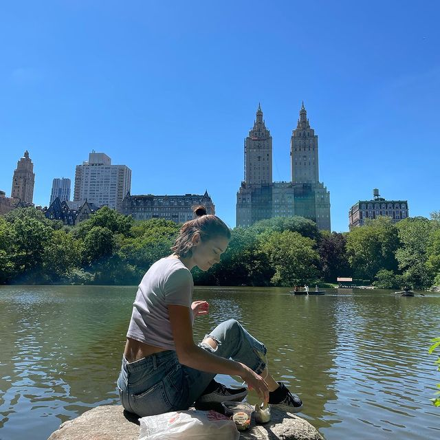 Me eating enormous amounts of bread and cheese in Central Park - a series  PS you know the vibes are good when you use no filters on your photos and there's rainbows through them 🌈