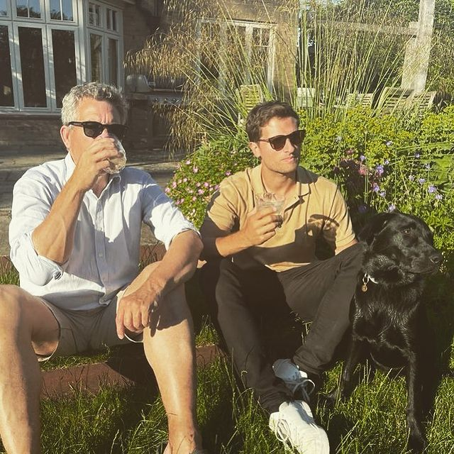 Enjoying some Nio cocktails in the sun with one Old Boy 👴🏼 & one Good Boy 🐶 ☀️