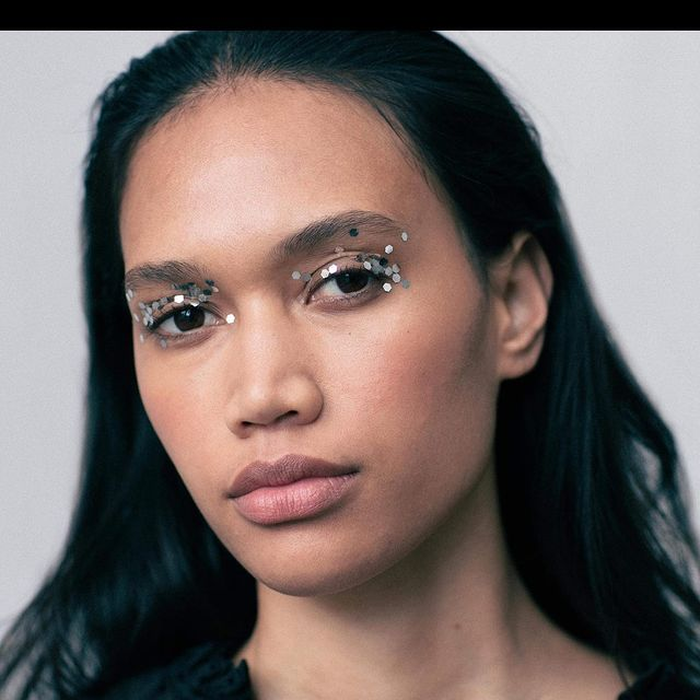 Sparkling sparkling 🌌🎆✨  Make up @manuhornmakeup  Shoot by @studioneufeldt