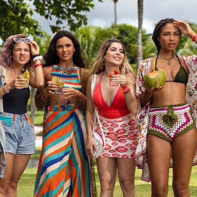 Esse quarteto ❤️ E vocês, passariam o Carnaval com elas?  📸 @desireedovalle