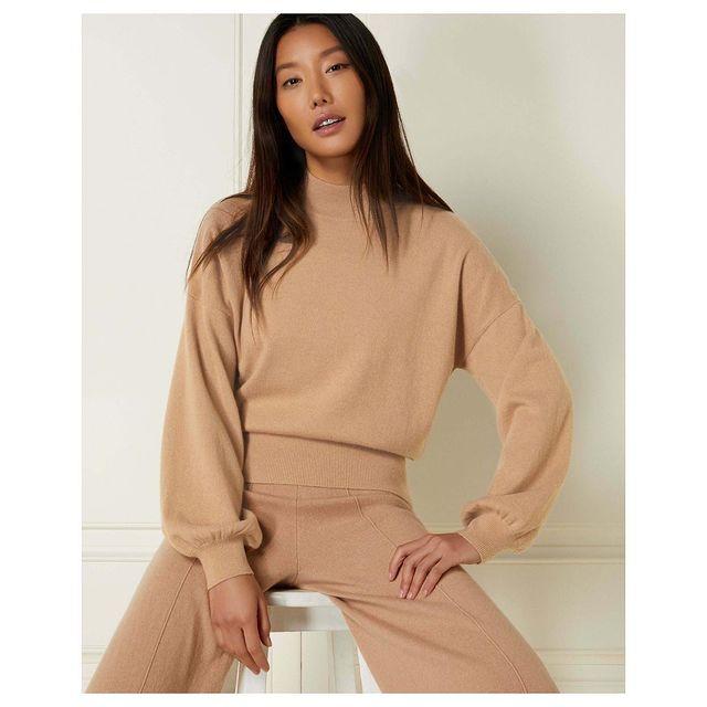 [work] @npealcashmere  . . . . . #asianmodel #model #modelling #cashmere #fashion #style #jumpers #knitwear #classy #ecom #lookbook #npeal @lenisagency