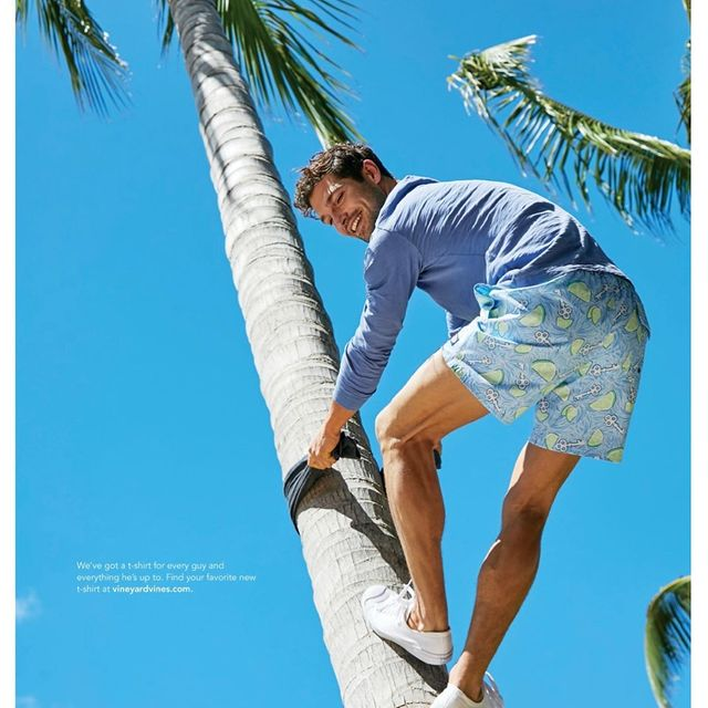 Climbing trees in the Florida Keys with @mattalbiani 📸📸  @fordmodels
