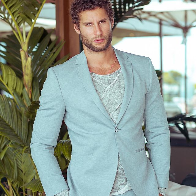 With the right outfit you are ready to go from business Friday to the casual Friday #fashion #business #entrepreneur