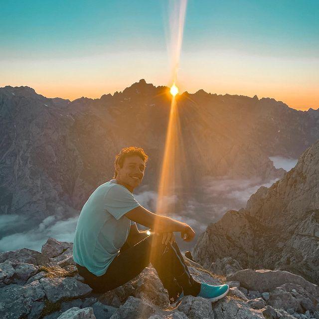Picos de Europa 😍 Un poco de lo que dejo los 3 días en el macizo central. Urriellu, Bulnes y collado jermoso. 🔜 Monte Perdido