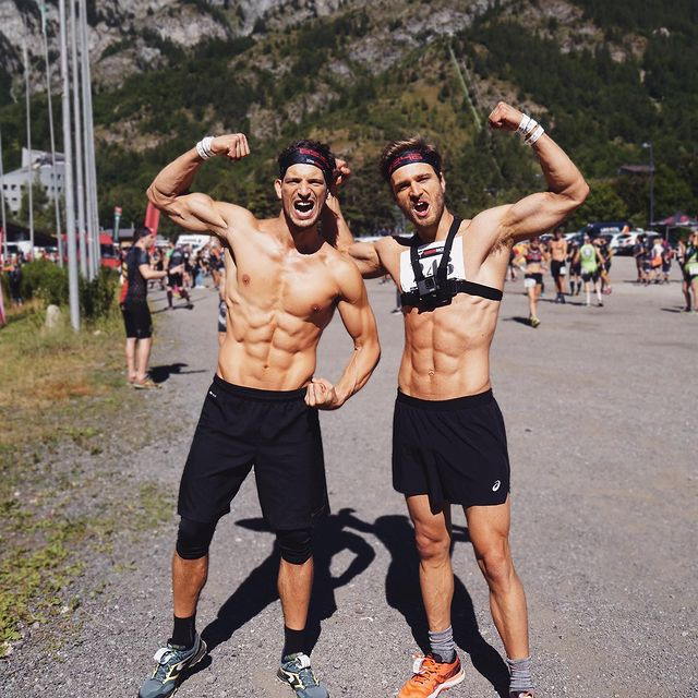 This weekend i competed in the @warriorraceitalia  in #bardonecchia with my friend @cliviodavide  It was an amazing race!  11 km 🏃♂️  600+ m ⛰  24 obstacles 🧗🏼  I was running with @asicsrunning #nimbus23 Took it on the website  @mister_running and they were perfect for this race.  #warriorrace #ocr