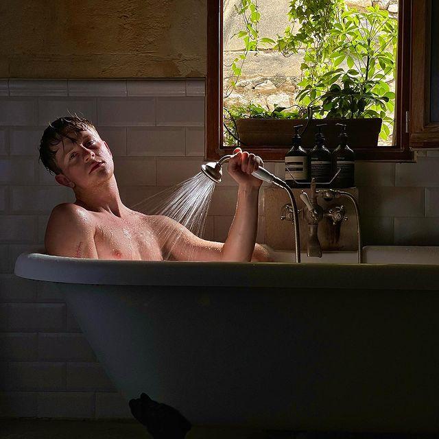 bath . A new color story