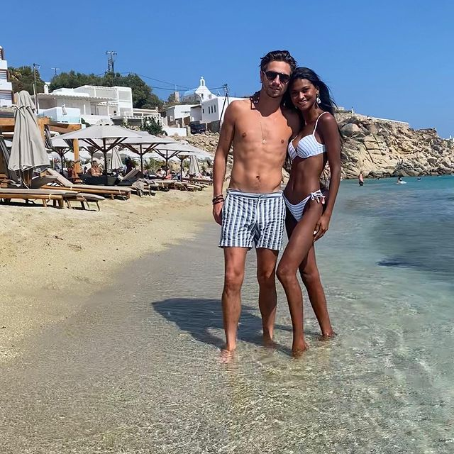 I can't ask for anything else ,perfect place with the perfect person ❤️😘 @vanderguchte #europesummer #mikonos