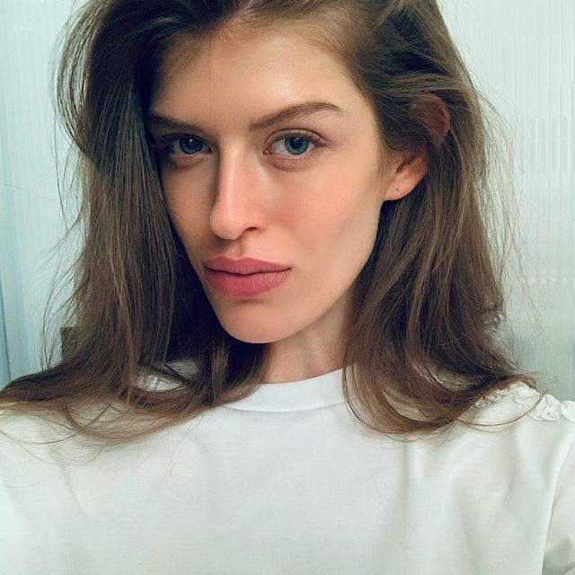 Fresh look 🦁   #photooftheday#lookoftheday#photography#daily#selfie#diary#naturalbeauty#naturalmakeup#straighthair#zalandocampaign#zalandodesigner#beauty#bts#backstage#behindthescenes#lifestyle#photoshoot#onset#simple#ecommerce#highfashion#fashionmodel#model#work#modellife#explore#modeling#hamburg#germany