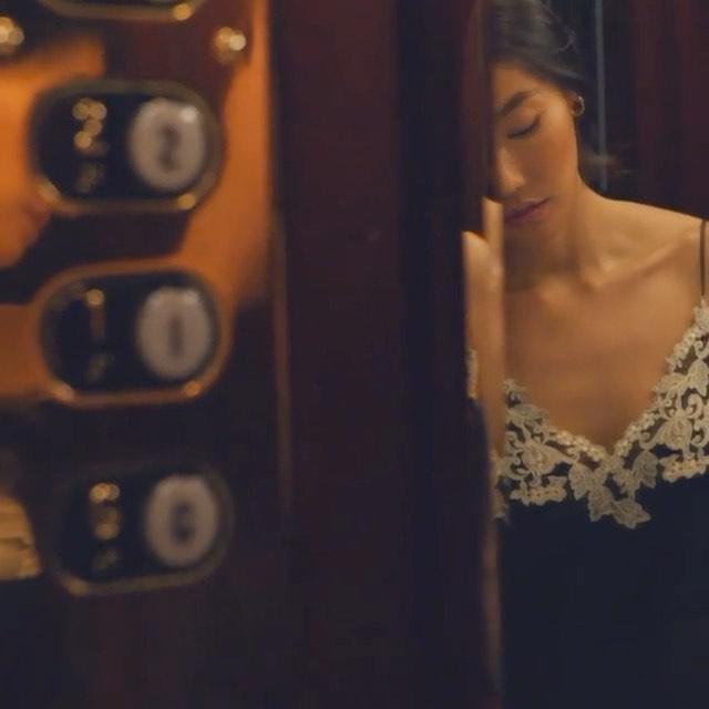 Feelin' myself 💋 @laperlalingerie #lingeriecampaign  . . . . . . #lingerie #robe #satin #lingerie #lingeriemodel #homevibes #laperla #chantalesgirl #sutherlandgirl #foliofever #lenismodels #deboekers #cgmmodels #heffnermanagement #selectchicago #immeurope #kultmodels