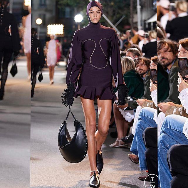 Alaïa Haute Couture FW22 @maisonalaia ✨🙏🏼 Casting: @ashleybrokaw  Creative director: @pieter_mulier  Hairstylist: @duffy_duffy  Makeup artist: @patmcgrathreal  This was an absolute honor an dream , so grateful♥️🇫🇷 • @unomodels  • @newmadisonmodels   #alaïa  #alaïa22 #hautecouture #parisfashionweek #fashionshow