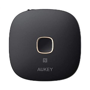 AUKEY BR-C16 Receiver Bluetooth 5 - Best Bluetooth Receiver for Headphones: It has built-in microphone
