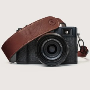 Moment Adjustable Leather Camera Strap - Best Camera Straps for Hiking: Feature New Quick Release System