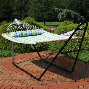 Arlmont & Co. Harrington Quilted Double Spreader Bar Hammock with Stand - Best 2-Person Hammock with Stand: Hanging Mattress