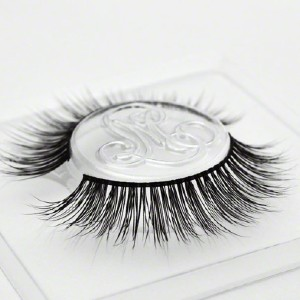 Minki Lashes #BARELYBARONESS - Best Lashes for Round Eyes: For Effortless Glamour