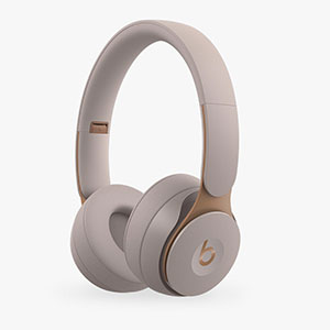 Beats Dr. Dre Studio3 Over-Ear Noise Cancelling Bluetooth Headphones - Best Wireless Headphone: Stylish design headphone