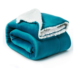 Bedsure Sherpa Fleece Blanket - Best Blanket for Cold Weather: Luxury Sherpa Blanket