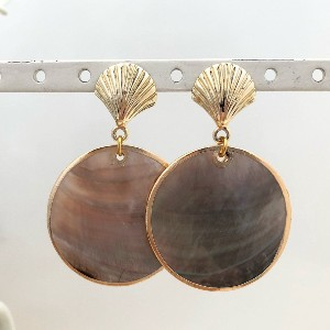 Isabelle Grace Black Lip Shell Earrings - Best Jewelry Gifts for Valentine's Day:  Bold and gorgeous