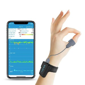 Wellue Checkme™ O2 Max Wrist Oxygen Monitor - Best Pulse Oximeter for Medical Use: Best for overnight monitoring
