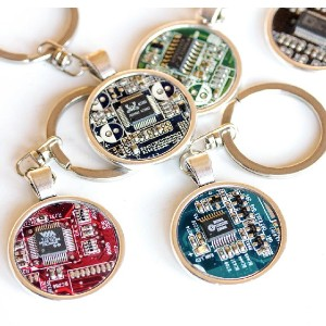 ReComputing Circuit board Keychain - Best Keychain for Men: A Perfect Gift for Techie Lover