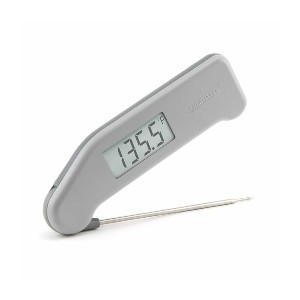 ThermoWorks Classic Thermapen  - Best Food Thermometer Digital: 1,500 hours battery