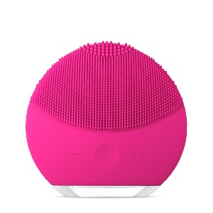 Foreo LUNA mini 2 - Best Silicone Face Cleansing Brush: Cleansing Brush with Nonabrasive Silicone Brush