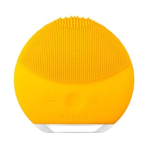 Foreo LUNA™ mini 2 - Best Skin Cleansing Brush: Cleansing Brush with Nonabrasive Silicone Brush