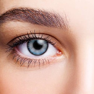 FreshLook ColorBlends  - Best Contact Lenses for Dark Eyes: Provide A Unique 3-In-1 Technology