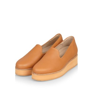 Gram 242g almond leather - Best Flats for Bunions: Flats with Extra Height