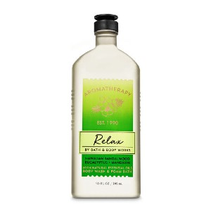 Bath & Body Works HAWAIIAN SANDALWOOD EUCALYPTUS - Best Aromatherapy Bath and Body Works: Leave Skin Clean Without Over-Drying